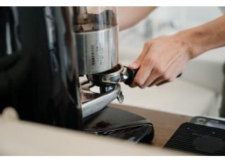 Kavinių įranga: 7 prietaisai, apie kuriuos turite pagalvoti