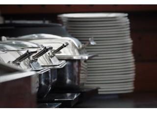 Maisto transportavimo reikmenys: svarbiausi įrenginiai kokybiškam patiekalų išvežimui